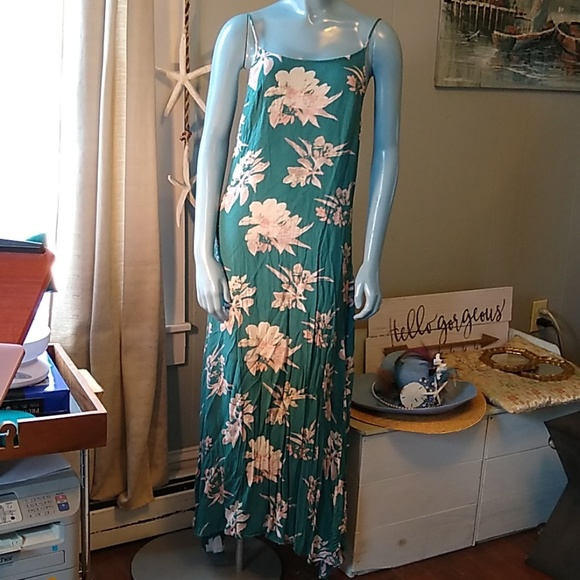 Free People Dresses & Skirts - Free People Teal Floral Maxi Dress
